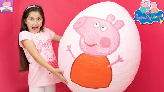 Peppa Pig Giant Surprise Egg Opening! Peppa Pig Toys Unboxing Peppa Pig Theme Park Kinder Eggs
