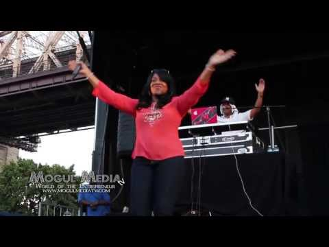 ALICIA MYERS SAY SAY SAY SUMMERSTAGE