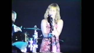 Pat Benatar Wuthering Heights Live 1999)
