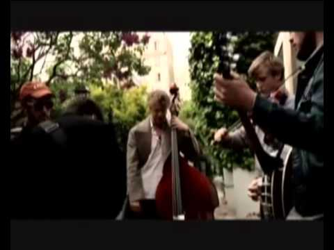 Mumford & Sons and Johnny Flynn - The Banjolin Song.avi