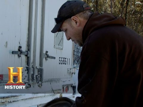 Ice Road Truckers: Danger Around Every Corner (S8, E9) | History