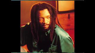 LUCKY DUBE  (slave)  TRADUZIDO JHOW.mp3