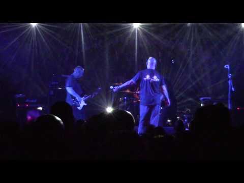 Angelic Upstarts - Machine Gun Kelly (Punk And Disorderly 2018 Berlin) [HD]