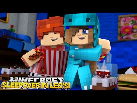 LEO AND LITTLE CARLYS SLEEPOVER w/Little Carly and Leo (Minecraft Roleplay)