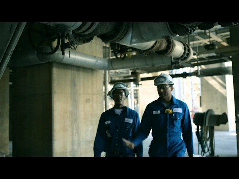 Life at Shell: Working at a refinery | Shell Careers