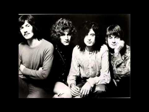 Ramble On by Led Zeppelin (with lyrics)