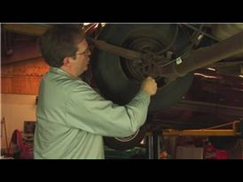 Auto Repair & Maintenance : How to Adjust Brakes on a Car