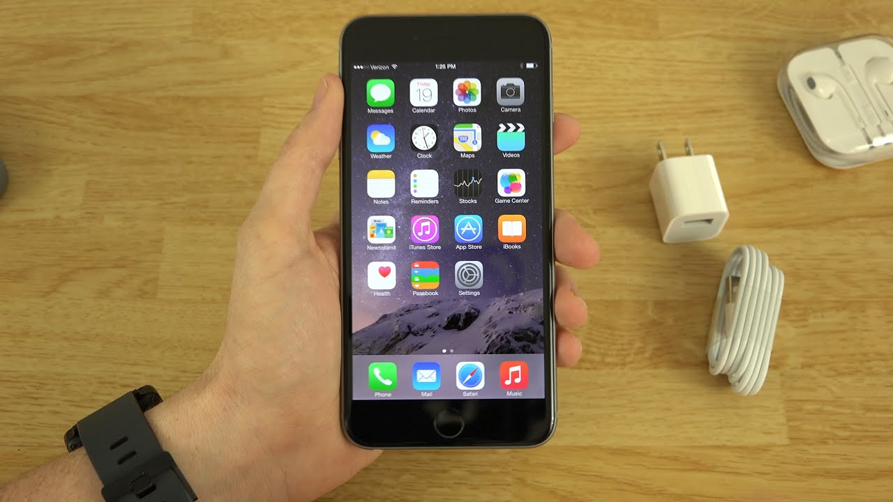 iphone 6 plus unboxing and first look youtube. Black Bedroom Furniture Sets. Home Design Ideas