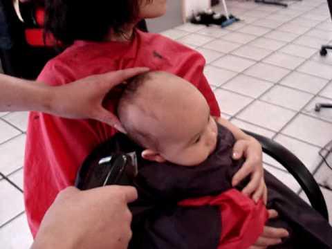 Couper les cheveux de bebe islam