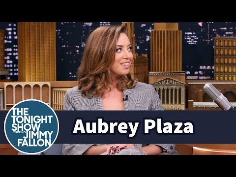 Thumbnail: Aubrey Plaza Used to Rent Porn to Her Small-Town Neighbors