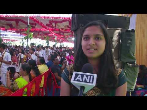 Indian Children Worship Parents To Celebrate New Year