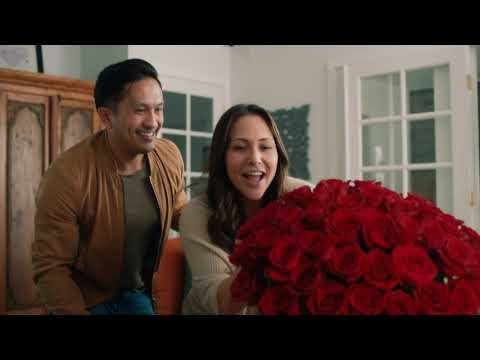 Capture Her Heart With Valentine's Flowers | 0:30 | 1-800-Flowers.com