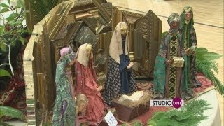 Studio10: Christmas Around The World Nativity Display Creche