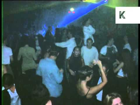 Clubbing At 1990s Ministry Of Sound Nightclub London
