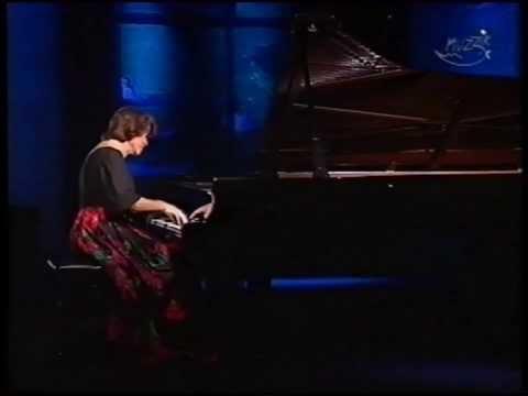 Elisabeth Leonskaja   Mozart  Piano Sonata No.12 in F major, K. 332