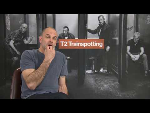 Jonny Lee Miller  T2 TRAINSPOTTING inhaling glucose for the movie FUNNY