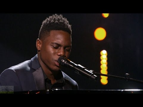 America's Got Talent 2016 Singer Campbell Walker Field Full Judge Cuts Clip S11E11
