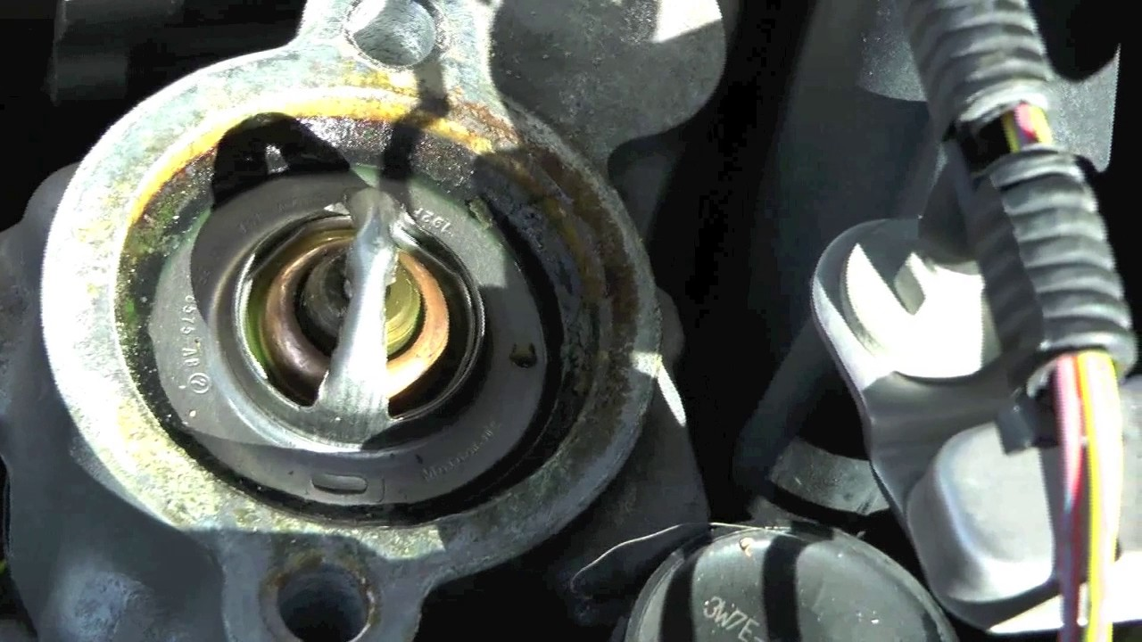 2003 Jaguar S Type Engine Diagram Ford Crown Vic Amp P71 Thermostat Replacement Youtube