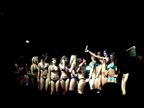 Nice lady 2008 san diego car show bikini contest Lucky guy