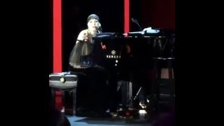 Lady Gaga - Bad Romance (Live at Parker Institute Gala)