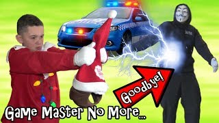 GONE FOREVER! ELF ON THE SHELF COP KID FINDS GAME MASTER ESCAPE HIDEOUT...