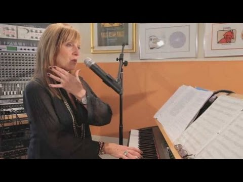 How to Warm Up with an Arpeggio   Vocal Lessons