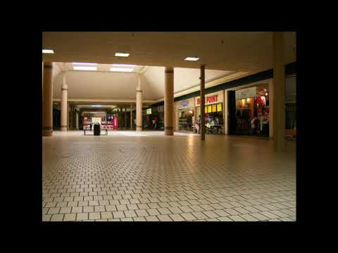 Tommy James & the Shondells- I Think We're Alone Now (playing in an empty shopping centre)