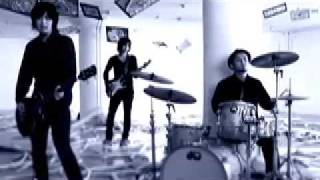 2009-03-04 out 2年振りとなるフルアルバム「明日が聞こえる」を3月4日...