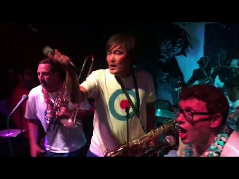 Bruce Lee Band- You Don't Know (Live In Hawaii)
