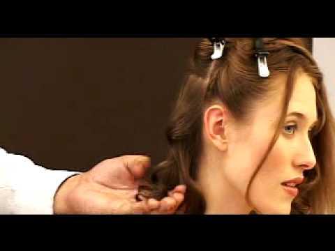 Haciendo bucles en el pelo con una plancha Gamma