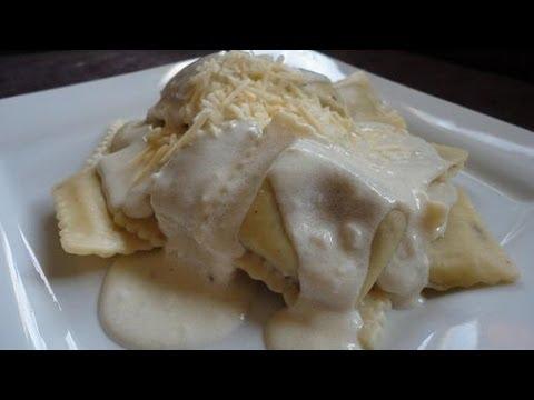 Garlic Alfredo w/ Mushroom Ravioli