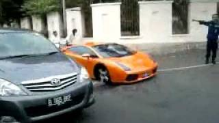 Lamborghini Kecelakaan di Patal Senayan.mp4