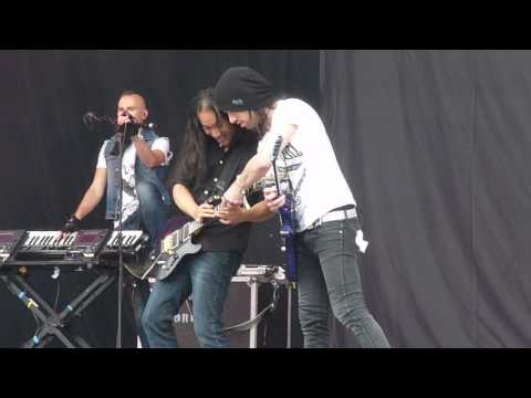 Dragonforce : Cry Thunder @ Download Festival 2013