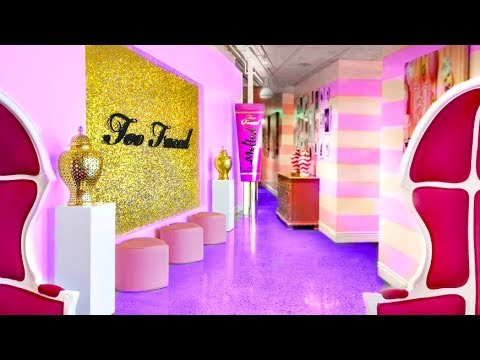 Barbie's Pink Office TOUR!!!