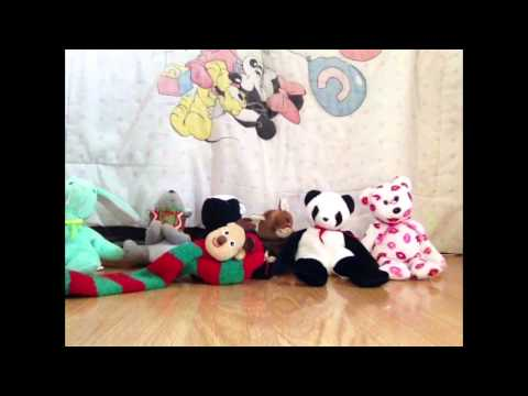 Christmas shorts: deck the halls karaoke (stuffed animal version)
