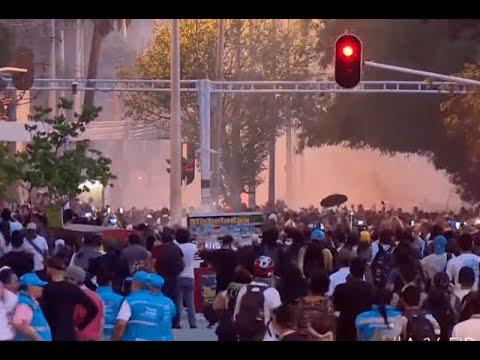 Jornada de contrastes: marcha pacífica y disturbios durante paro nacional en Medellín