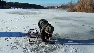 Зимняя рыбалка на водохранилище возле ТЭЦ 5