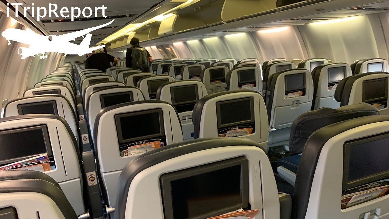 United Airlines 737 900 Economy Review Youtube