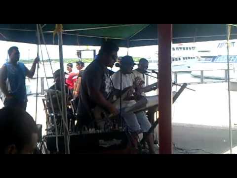 Funky live band in Hard Rock cafe Fiji
