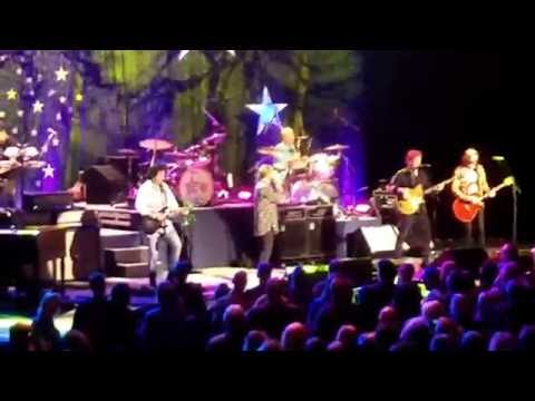Ringo Starr - With a Little Help From My Friends   Live @ Keller - Portland OR 2016-10-18