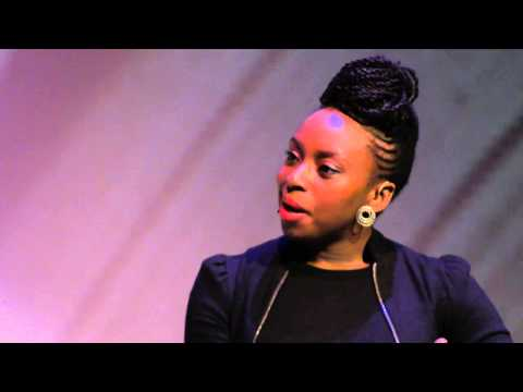 "Chimamanda Ngzoi Adichie: ""If Michelle Obama had natural hair, Barack Obama would not have won"""