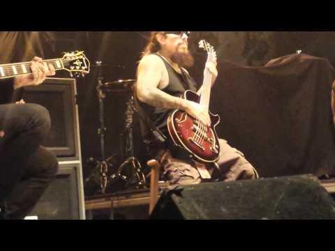 KoRn - Alone I Break (Live) Dallas 10/21/15