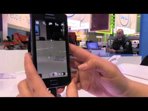Samsung Galaxy S2 Plus Hands On - Why Nicole Loves This Smartphone