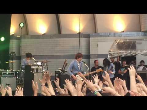 THE BAWDIES × go!go!vanillas Rockin'Zombies at 代々木公園野外ステージ カウンターアクション