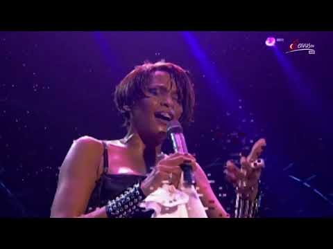 I Believe In You And Me LIVE in Leipzig Germany 1999 Whitney Houston