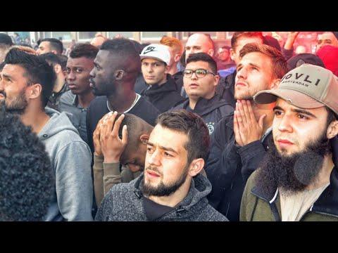 Steunbetuigingen voor Abdelhak Nouri en zijn familie in Geuzenveld (Amsterdam)