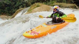 World Record Kayaking Run at Rio Santo Domingo | Chasing Niagara