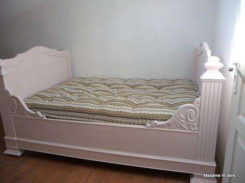 relooking deco repeindre le lit de coin lit bateau