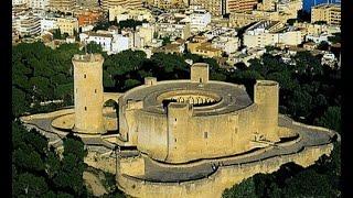 Пальма де Майорка весной - Замок Бельвер(Замок Бельвер расположен на высоком холме в 2-х км отдаленности от центра города на высоте 137 м над уровнем..., 2016-03-24T10:11:39.000Z)