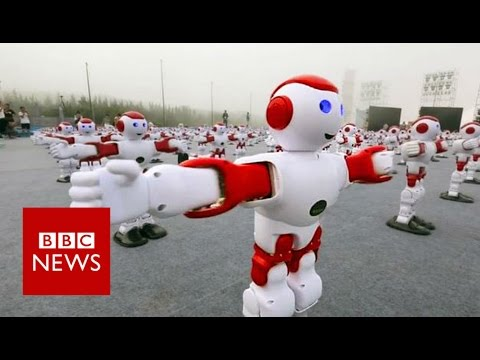 Robot Rave: 1007 dancing robots break Guinness World Record - BBC News